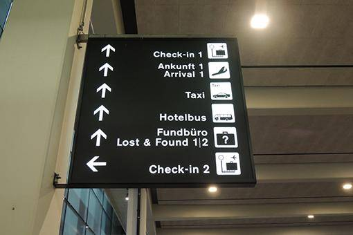 Bei der Ankunft 2 finden Sie den Hotelbus